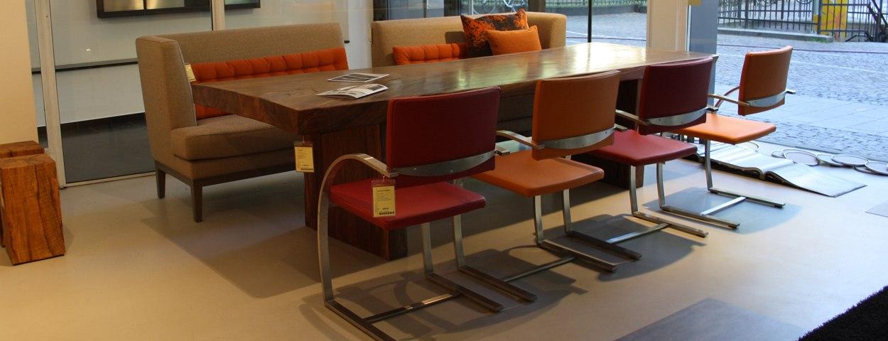 Stühle & Bänke - Ausstellungsstücke