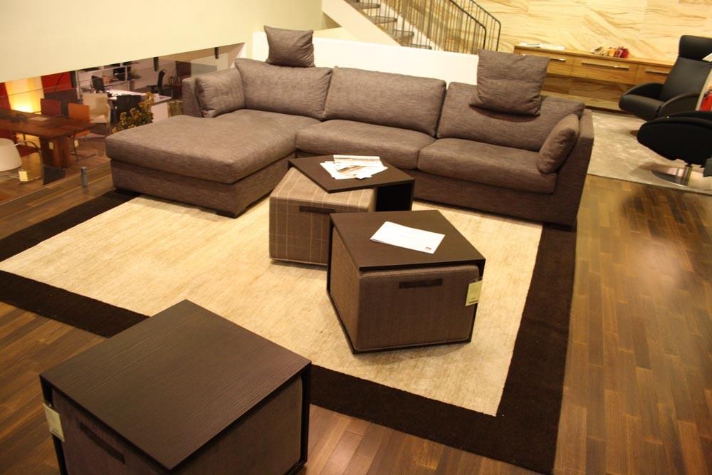 bielefelder werkst tten tischhocker butler stoff braun wengefarbig gebeizt. Black Bedroom Furniture Sets. Home Design Ideas
