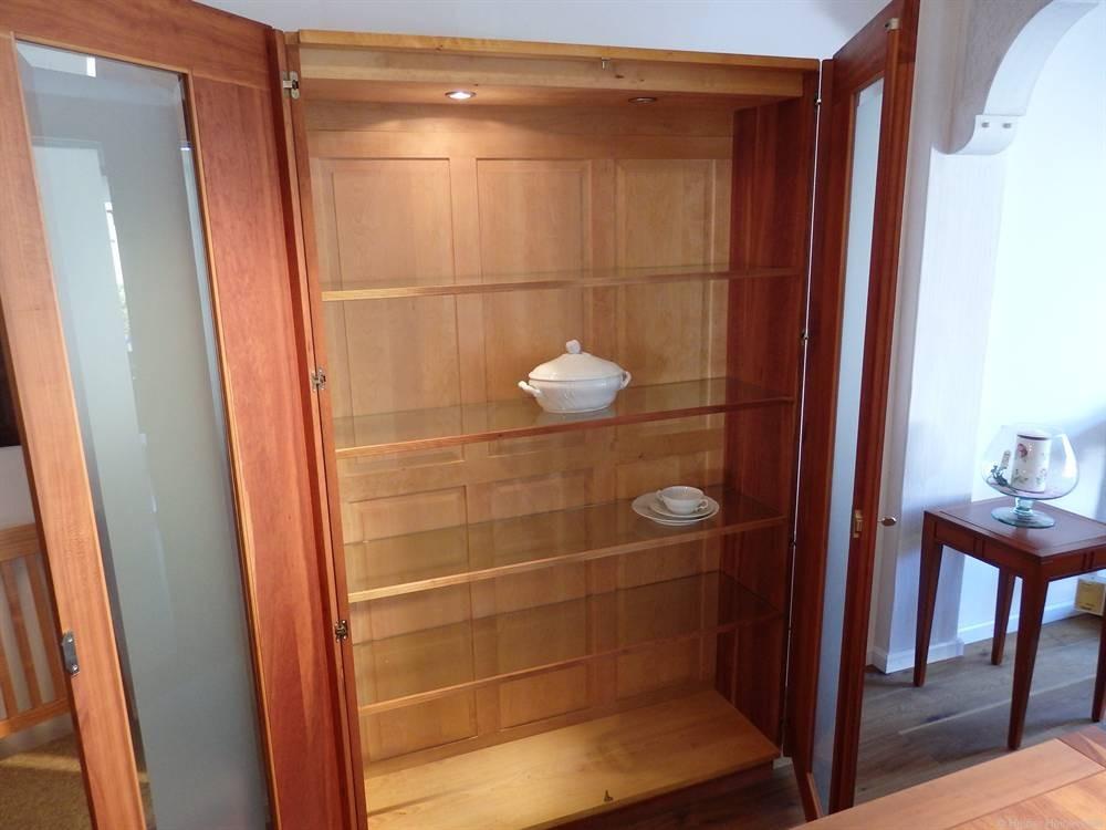 scholtissek geschirrschrank quintum 2 t rig amerikanische. Black Bedroom Furniture Sets. Home Design Ideas