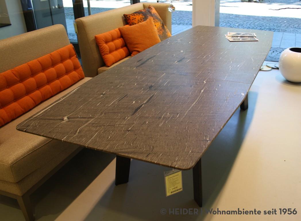 draenert esstisch trapezf rmig fontana stein quarzit braun. Black Bedroom Furniture Sets. Home Design Ideas