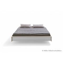 Müller Möbelwerkstätten-MÜLLER MÖBELWERKSTÄTTEN Bett Flai 140er-01